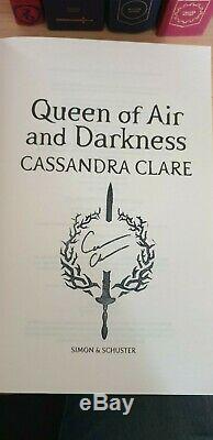 Cassandra Clare Dark Artifices SIGNED Waterstones Runes Editions Lady Midnight