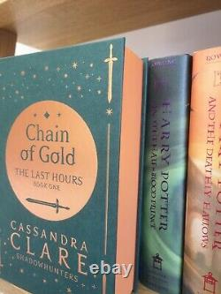 Illumicrate Chain of Gold book Stamp Signed Cassandra Clare