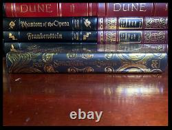 Sorcerer To The Crown SIGNED by ZEN CHO Mint Hardback 1st Edition First Print