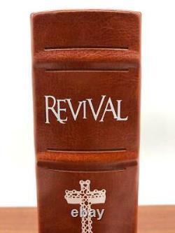 Stephen King REVIVAL Signed Limited Artist Edition Slipcases Illustrated Sealed