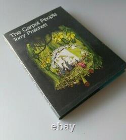 Terry Pratchett The Carpet People Hardback UK 1st edition Signed 1971 Smythe